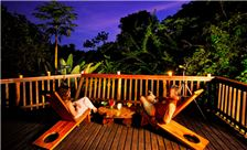 Playa Nicuesa Rainforest Lodge Dining - Restaurante Deck Noche