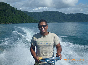 Melo, boat captain
