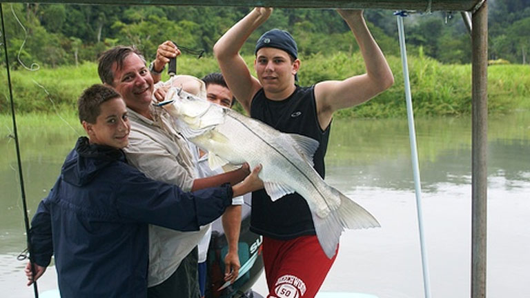 Fishing at Playa Nicuesa Rainforest Lodge is a family affair